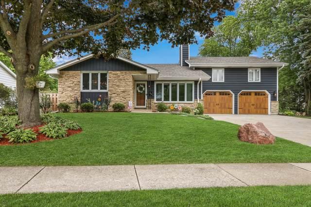 919 Hillandale Drive, Antioch, IL 60002 (MLS #11165717) :: Suburban Life Realty