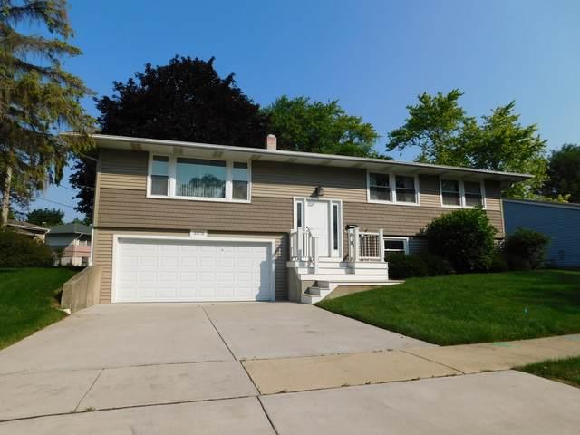 3076 Wakefield Drive, Carpentersville, IL 60110 (MLS #11166452) :: Suburban Life Realty