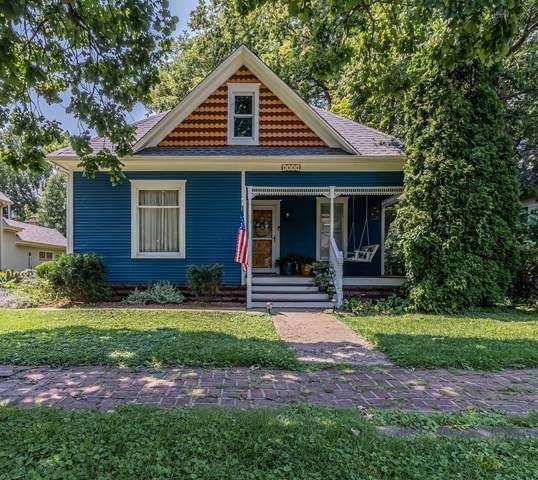 713 S Broadway Avenue, Urbana, IL 61801 (MLS #11166737) :: Ryan Dallas Real Estate