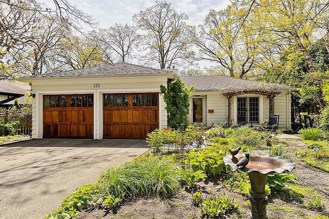 135 E Blodgett Avenue, Lake Bluff, IL 60044 (MLS #11167016) :: O'Neil Property Group