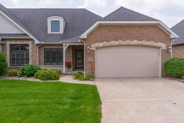 9 Bent Court, Bloomington, IL 61704 (MLS #11167359) :: Suburban Life Realty