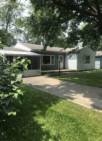 304 N Oak Street, Arrowsmith, IL 61722 (MLS #11167421) :: O'Neil Property Group