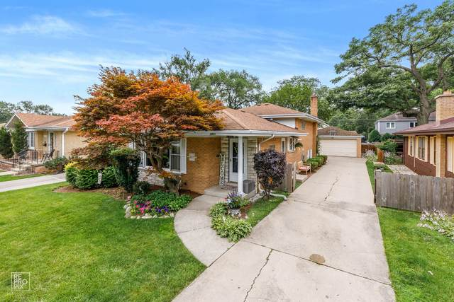 2001 Garden Street, Park Ridge, IL 60068 (MLS #11167895) :: John Lyons Real Estate