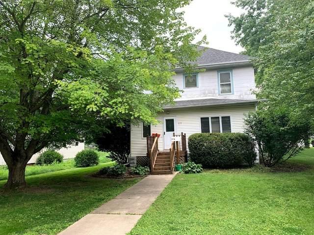 401 E Elm Street, LEROY, IL 61752 (MLS #11167942) :: O'Neil Property Group