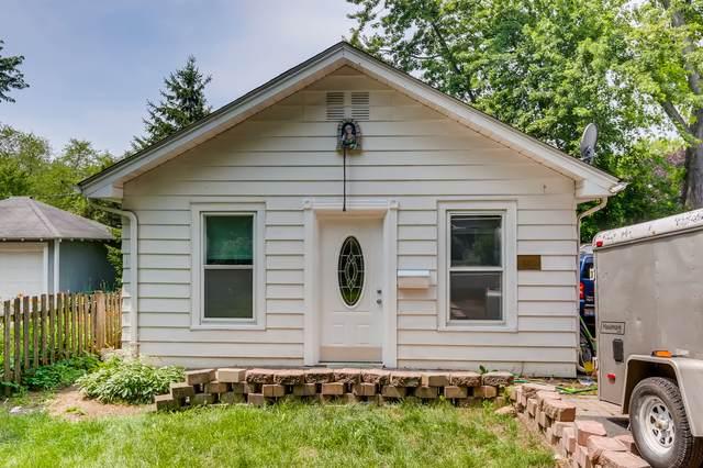 530 N Prairie Avenue, Mundelein, IL 60060 (MLS #11168148) :: Jacqui Miller Homes