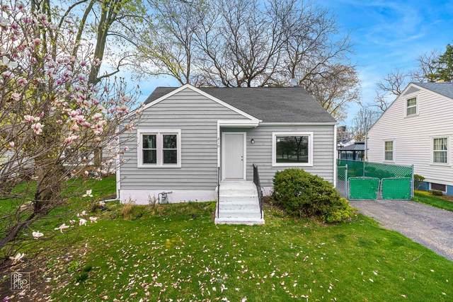 210 E Maple Avenue, Mundelein, IL 60060 (MLS #11168464) :: Carolyn and Hillary Homes