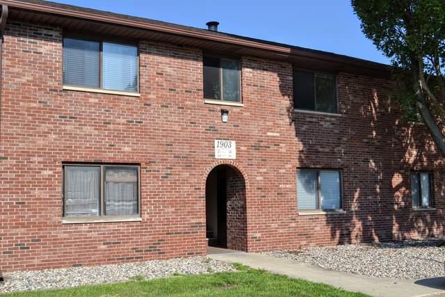 1903 Oliver Drive #8, Urbana, IL 61802 (MLS #11168560) :: Littlefield Group