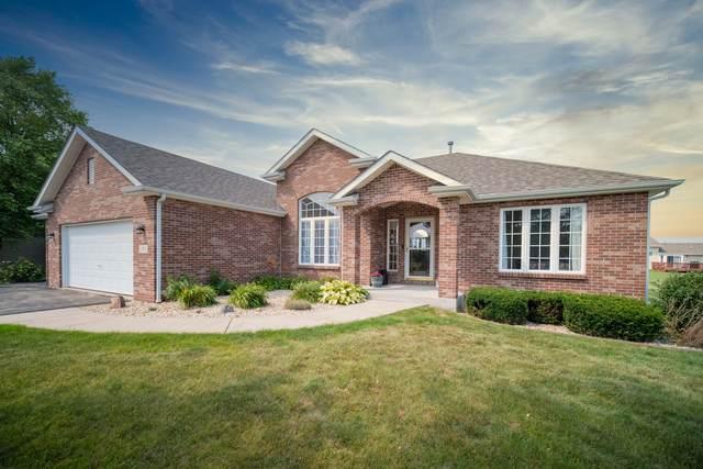 383 Red Fox Drive, Davis Junction, IL 61020 (MLS #11168622) :: Jacqui Miller Homes
