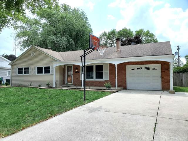 820 Balmoral Drive, East Dundee, IL 60118 (MLS #11169071) :: Carolyn and Hillary Homes