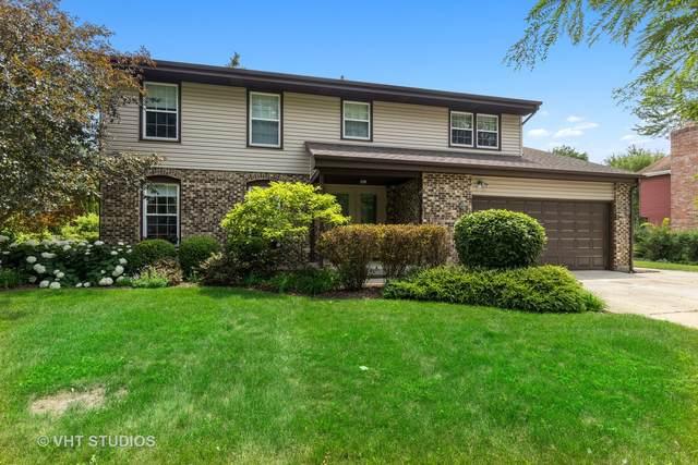 657 Greenbrier Lane, Crystal Lake, IL 60014 (MLS #11169543) :: O'Neil Property Group