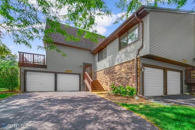 29W400 White Oak Drive, Warrenville, IL 60555 (MLS #11169624) :: O'Neil Property Group