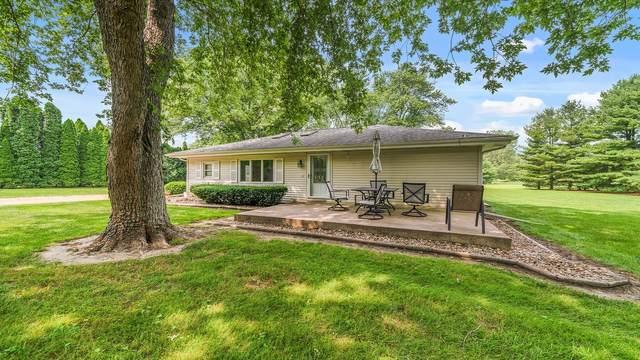 14704 E IL Route 72, Davis Junction, IL 61020 (MLS #11169811) :: Jacqui Miller Homes