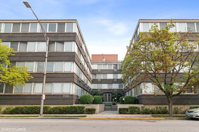 7251 Randolph Street B3, Forest Park, IL 60130 (MLS #11169980) :: Angela Walker Homes Real Estate Group