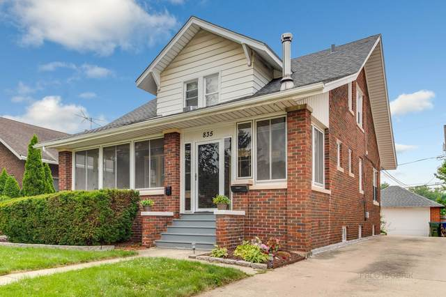 835 N Center Street, Naperville, IL 60563 (MLS #11170295) :: O'Neil Property Group