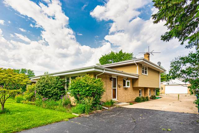 310 Denver Drive, Des Plaines, IL 60018 (MLS #11170395) :: Helen Oliveri Real Estate