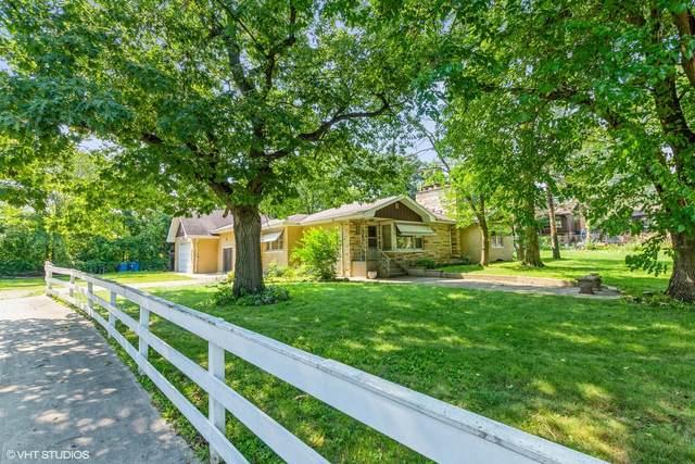 9030 Deerwood Court, Palos Hills, IL 60465 (MLS #11170491) :: Schoon Family Group