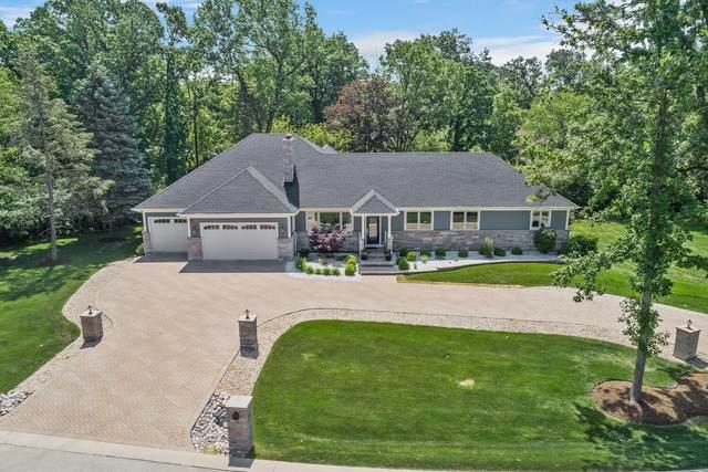 54 Yorkshire Woods, Oak Brook, IL 60523 (MLS #11171124) :: Angela Walker Homes Real Estate Group