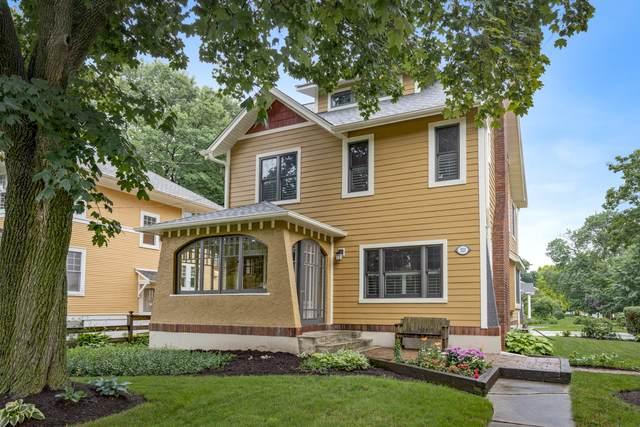 523 Prairie Street, St. Charles, IL 60174 (MLS #11171344) :: The Wexler Group at Keller Williams Preferred Realty