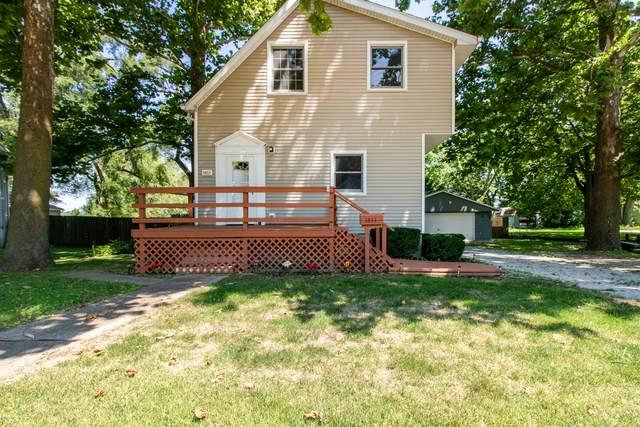 1411 W Grove Street, Bloomington, IL 61701 (MLS #11171552) :: Touchstone Group