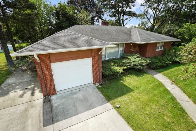 617 E Emerson Avenue, Lombard, IL 60148 (MLS #11171606) :: Angela Walker Homes Real Estate Group