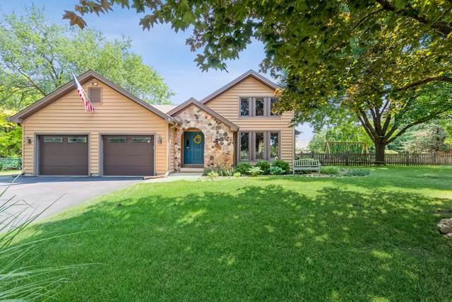 205 Lake Shore Drive, Oakwood Hills, IL 60013 (MLS #11171890) :: The Dena Furlow Team - Keller Williams Realty