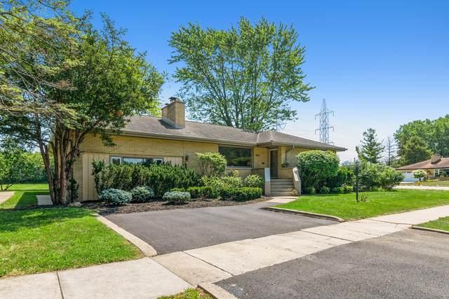 11349 Westwood Drive, Palos Hills, IL 60465 (MLS #11172531) :: Schoon Family Group