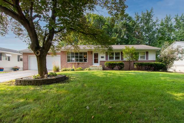 329 Garfield Drive, Bloomington, IL 61701 (MLS #11172626) :: Touchstone Group