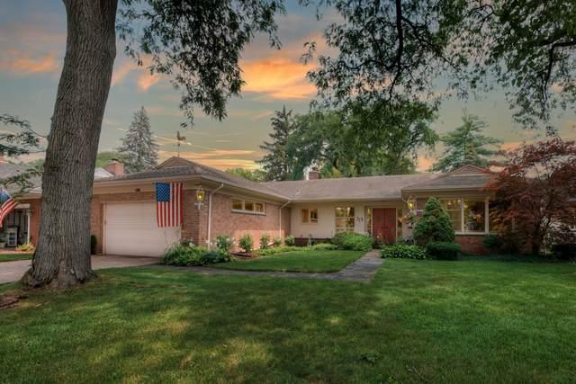 715 Edgemont Lane, Park Ridge, IL 60068 (MLS #11172633) :: Carolyn and Hillary Homes
