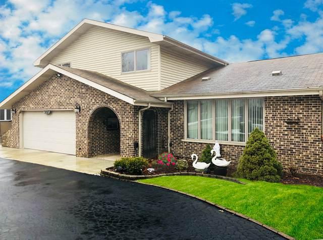 8855 W 102nd Street, Palos Hills, IL 60465 (MLS #11172758) :: Schoon Family Group