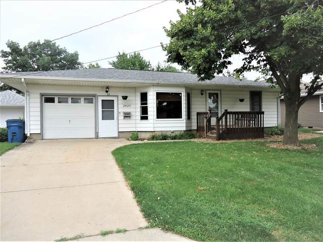 2423 8th Street, Peru, IL 61354 (MLS #11172796) :: The Wexler Group at Keller Williams Preferred Realty