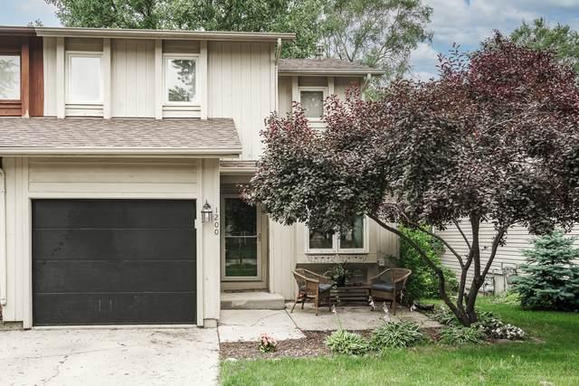 1200 Stratford Lane, Algonquin, IL 60102 (MLS #11172965) :: Suburban Life Realty