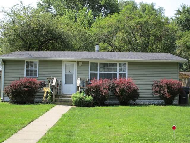 907 E Fairview Drive, Tuscola, IL 61953 (MLS #11173385) :: Littlefield Group