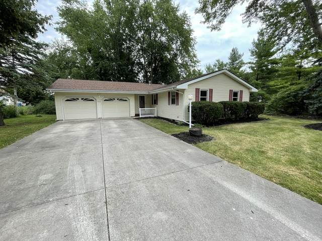 212 S East Street, Hudson, IL 61748 (MLS #11173678) :: BN Homes Group