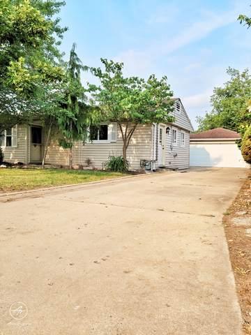 27 Evergreen Lane, Carpentersville, IL 60110 (MLS #11174404) :: Suburban Life Realty