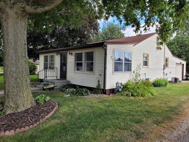 101 E Franklin Street, Fisher, IL 61843 (MLS #11175116) :: Littlefield Group