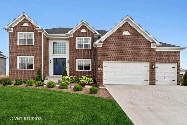 4240 Chinaberry Lane, Naperville, IL 60564 (MLS #11175124) :: Suburban Life Realty