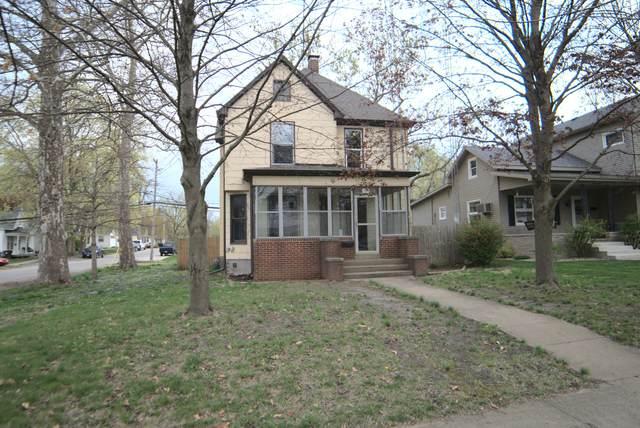 620 Main Street, CLINTON, IL 61727 (MLS #11175329) :: Suburban Life Realty