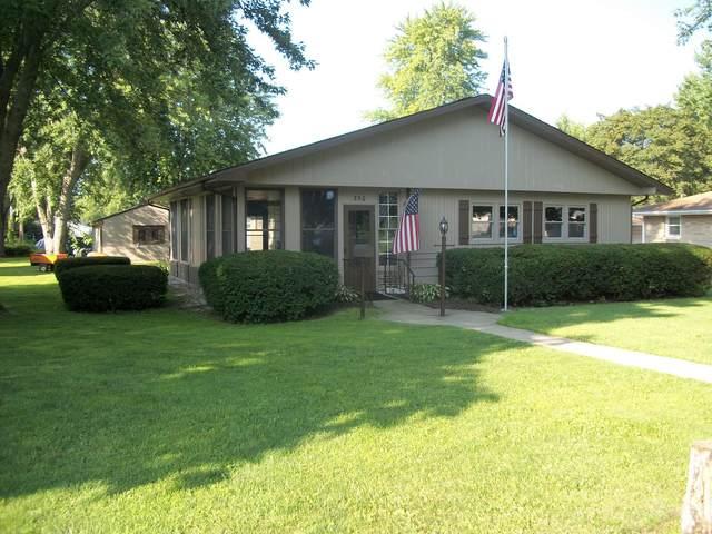 350 E Chestnut Street, Paxton, IL 60957 (MLS #11176087) :: The Dena Furlow Team - Keller Williams Realty