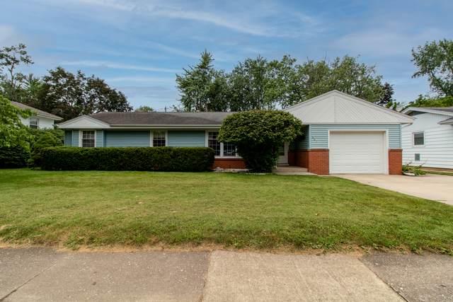 907 Mayflower Avenue, Bloomington, IL 61701 (MLS #11176508) :: Carolyn and Hillary Homes