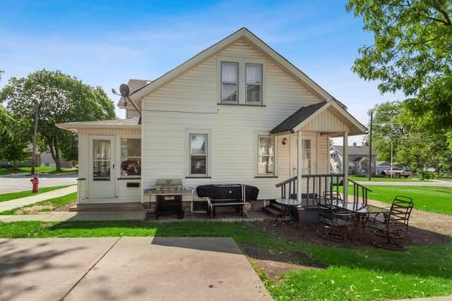 731 Charles Street, Aurora, IL 60506 (MLS #11176560) :: The Dena Furlow Team - Keller Williams Realty