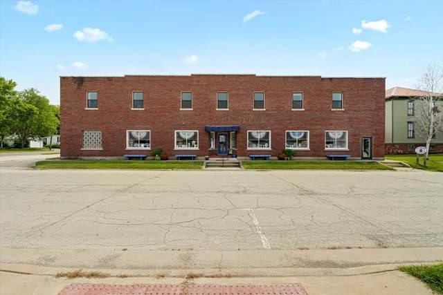225 E Livingston Street, MONTICELLO, IL 61856 (MLS #11176850) :: Littlefield Group