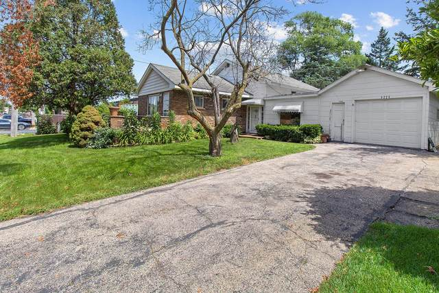 1221 S Lloyd Avenue, Lombard, IL 60148 (MLS #11176930) :: Angela Walker Homes Real Estate Group