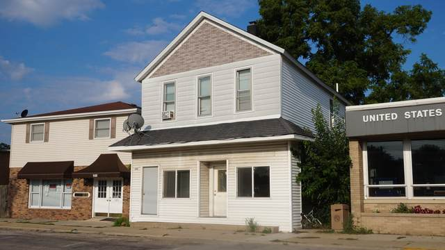 109-111 N Main Street, Grant Park, IL 60940 (MLS #11176992) :: The Dena Furlow Team - Keller Williams Realty