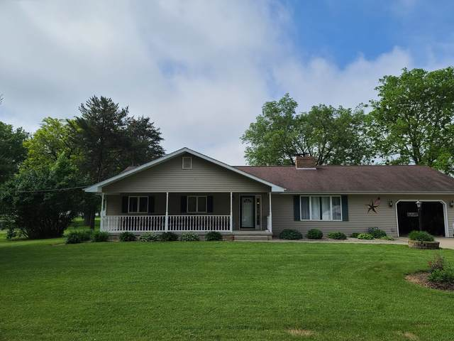 5407 South Street, Sterling, IL 61081 (MLS #11177728) :: Carolyn and Hillary Homes
