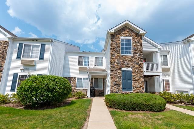 1727 Silverstone Drive #1727, Carpentersville, IL 60110 (MLS #11178019) :: Carolyn and Hillary Homes