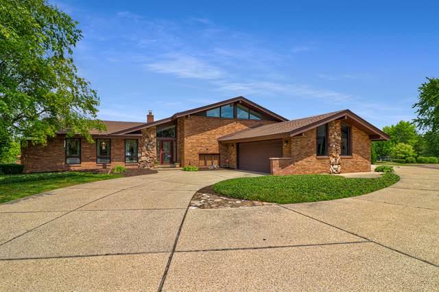 8413 Heather Court, Burr Ridge, IL 60527 (MLS #11178057) :: Angela Walker Homes Real Estate Group
