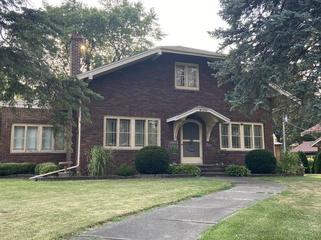 800 13th Avenue, Mendota, IL 61342 (MLS #11179390) :: Littlefield Group