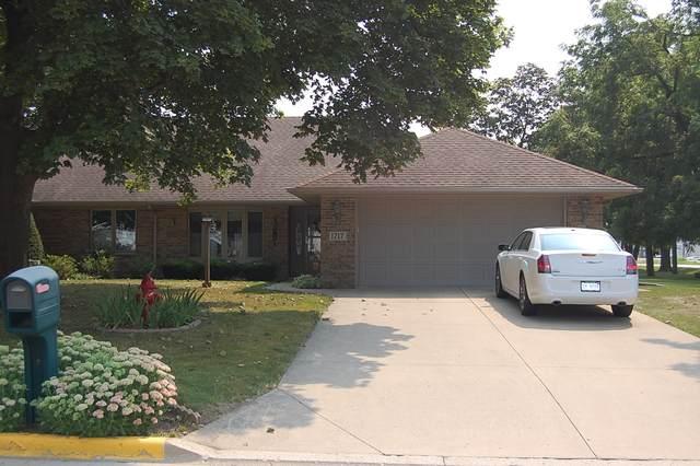 1717 Char Lu Drive, Mendota, IL 61342 (MLS #11182670) :: Littlefield Group