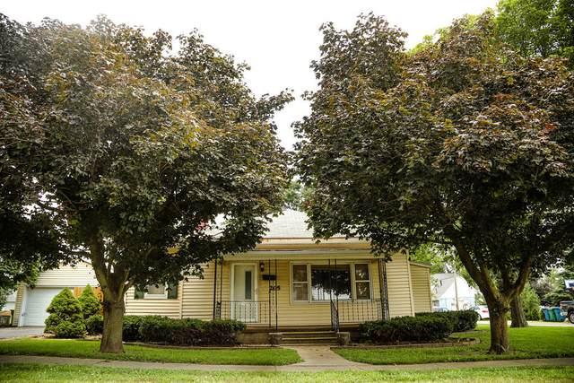 205 S Koch Street, COOKSVILLE, IL 61730 (MLS #11184084) :: Jacqui Miller Homes