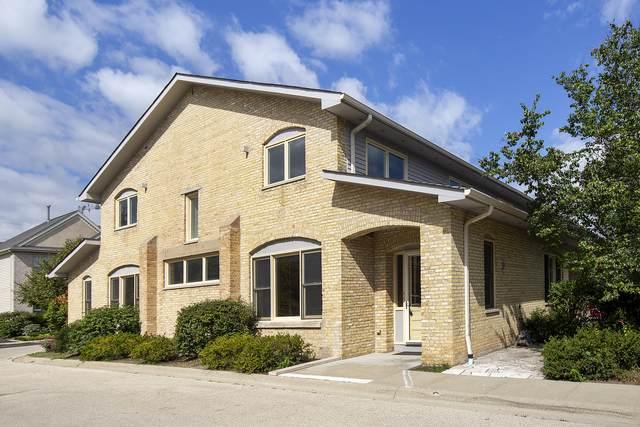 4 Rienzi Lane, Highwood, IL 60040 (MLS #11186239) :: Littlefield Group